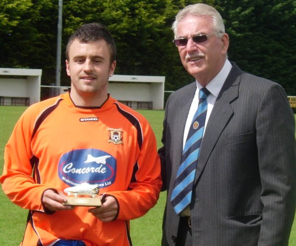 Shane Hobbs presented with the leading goalscorers award