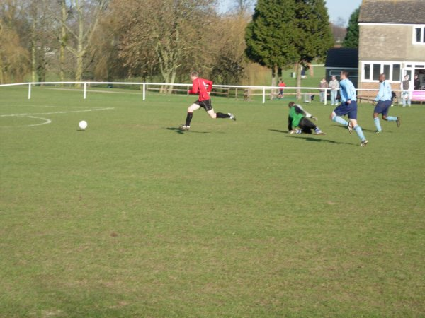 Alexander rounds the keeper for Thornbury
