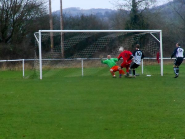 Action from Kingswood V Thornbury Town